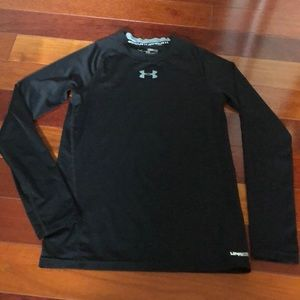 Under Armour fitted heat gear shirt. Size M.
